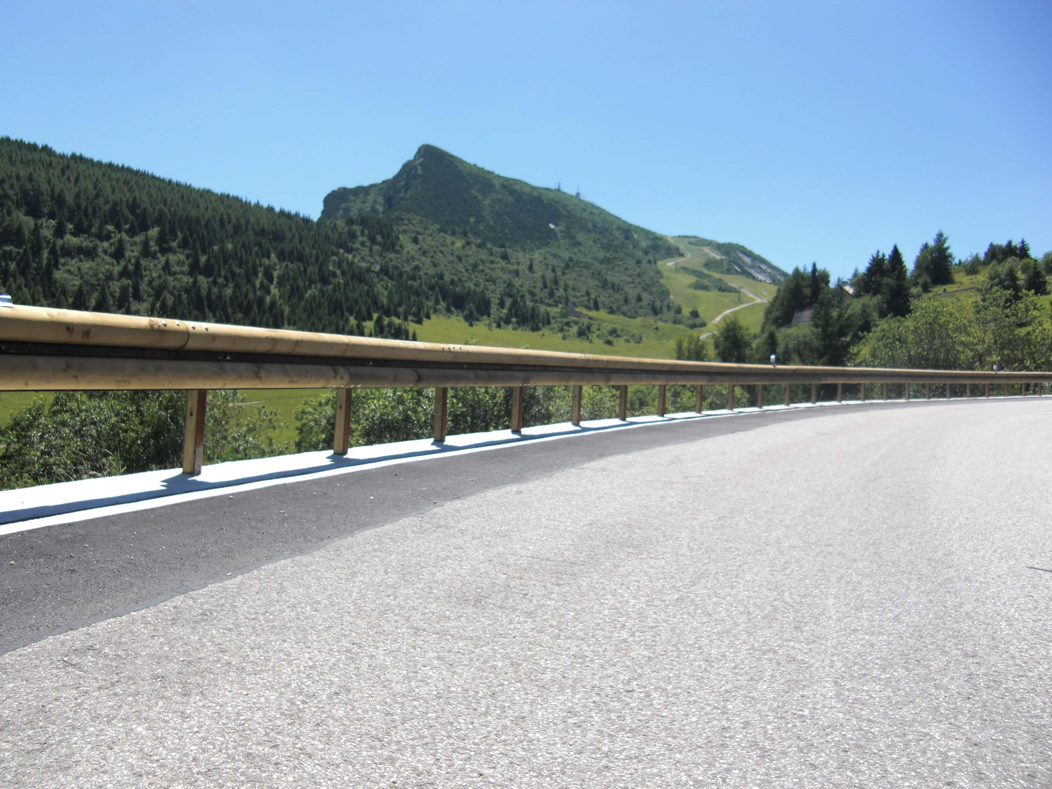 Schutzplanken Monte Bondone