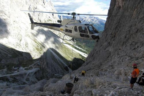 Getto con elicottero Rifugio Re Alberto